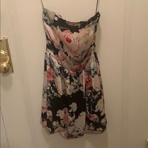 Guess floral strapless dress